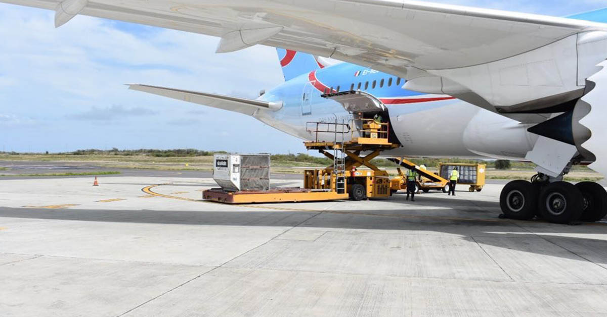 Airline cargo loading